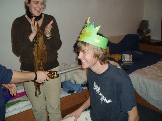 ruhi__lars_being_knighted_550